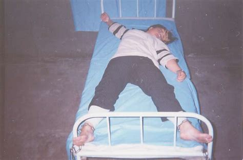handcuffed to bed clearwisdom net thursday december 09 2004