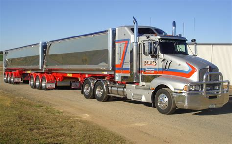kenworth truck and trailer humbling kenworth semi trailer truck wallpaper pc large