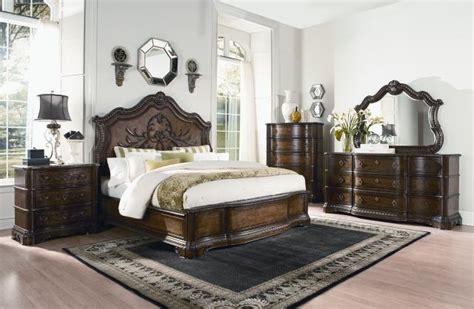 pemberleigh gracious living walnut master bedroom set