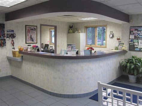 hospital front desk hospital front desk receptionist desk design ideas