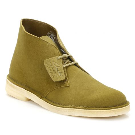 clarks desert boots mens clarks originals mens evergreen suede desert shoes