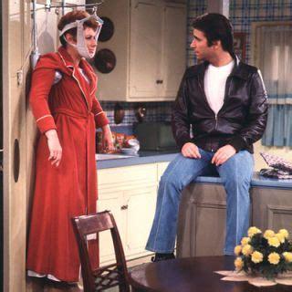 tv kitchens favorite tv shows   kitchen styles