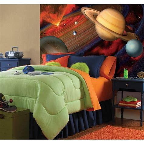 love  outer space theme   boys bedroom