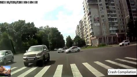 terrifying car crashes scary car crashes warning graphic doovi