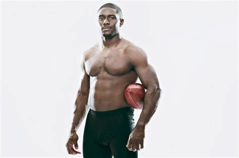 reggie bush bench press top 50 most jacked nfl players page 5 of 5 muscle prodigy