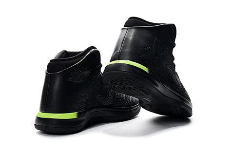 bright yellow basketball shoes nike air xxxi 31 black bright yellow basketball