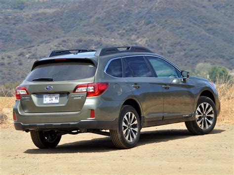 2015 Subaru Outback Crossover Suv Review Autobytel Com