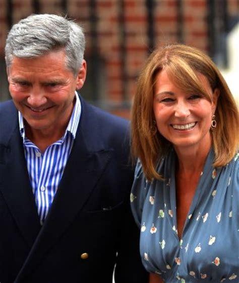 royal baby name rumors carole pics royal baby s grandparents arrive at hospital