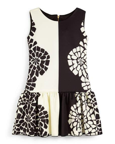 Dress Cat 2warna Fit L zoe sleeveless floral fit and flare dress black