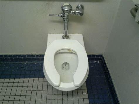 Has In School Bathroom by Toilet Seat In The 300 Wing Boys Bathroom Of American