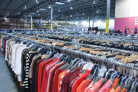 discount fashion warehouse in plain city oh 43064