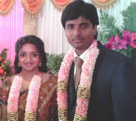 sivakarthekayen wife vijay tv anchor sivakarthikeyan marriage photos cinediary