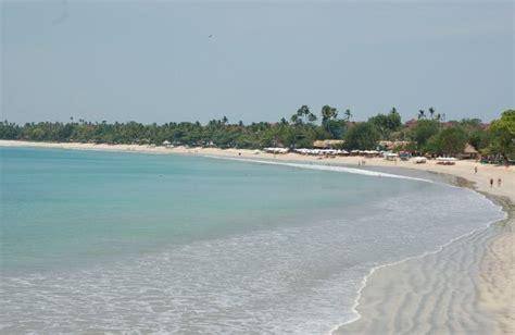 island  lombok   places  visit  indonesia