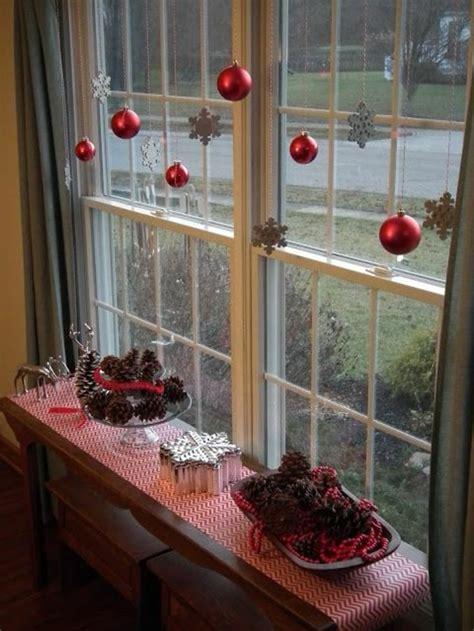 Fensterdeko Weihnachten Kugeln by Fensterdeko Zu Weihnachten 104 Neue Ideen Archzine Net