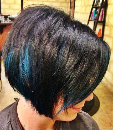 short hairstyles with peekaboo purple layer inverted bob peekaboo blue streaks hair make up