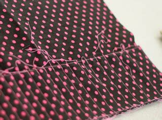 Stelan Polkadot 2 Pockets Ribbon polkadot crochet hook holder a sewing tutorial