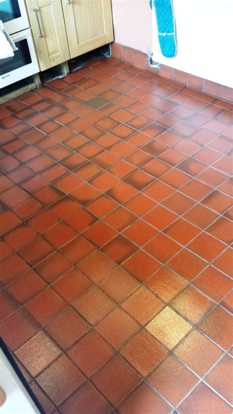 tiled kitchen floors sealing quarry tiles quarry tiled floors cleaning and