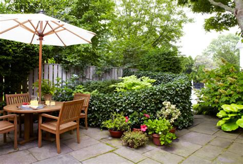In The Garden And More 5 Tips To Design A Small Garden 1001 Gardens