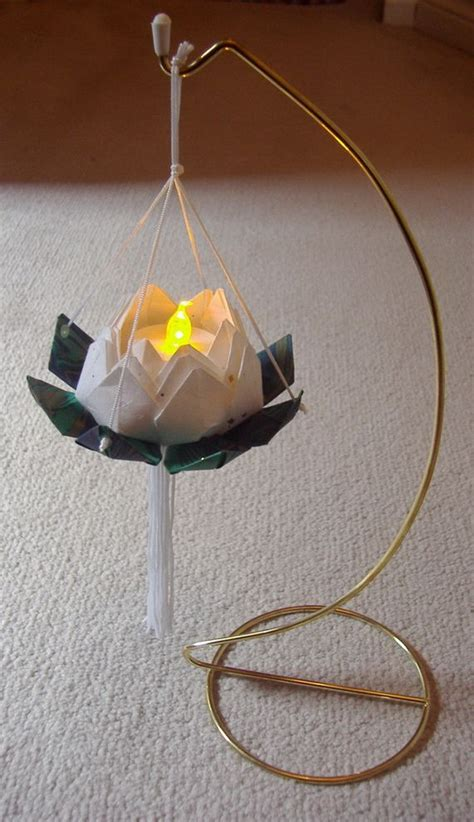 How To Make Paper Lotus Lantern - 1000 ideas about paper lotus on origami diy
