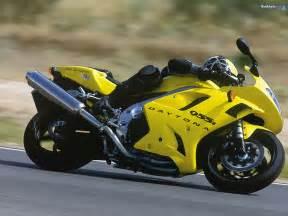 Motor bikes News, Motorbikes reviews, uk, pakistani bikes