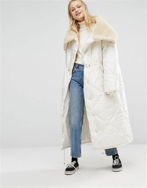 X98 White Oversize Jacket monki oversized maxi padded jacket with faux fur collar in white lyst