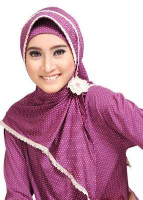 Mei 2012 Galeri Jilbab referensi jilbab cantik elegan
