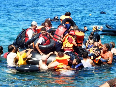 refugee boat names israeli aid group rescues syrian refugees off greek coast