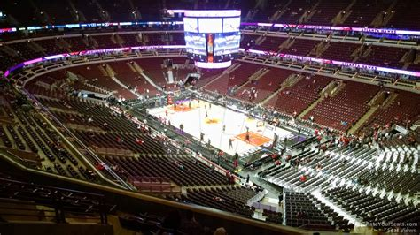 section 329 united center united center section 313 chicago bulls rateyourseats com