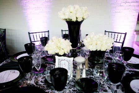 Black And White Wedding Decorations by Anyone Else Doing Black And White Post Your Decor Weddingbee