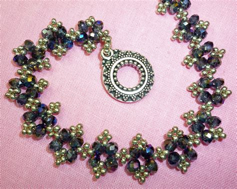 beading projects 13 brooch beading designs images free beaded jewelry