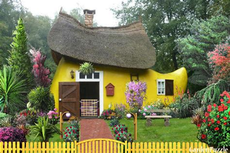 shoe house cartoon 13 stunningly unique houses in the world that makes you wow