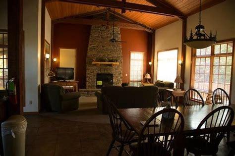 Ponca State Park Cabin Rentals by Bur Oak Leaf Picture Of Ponca State Park Ponca