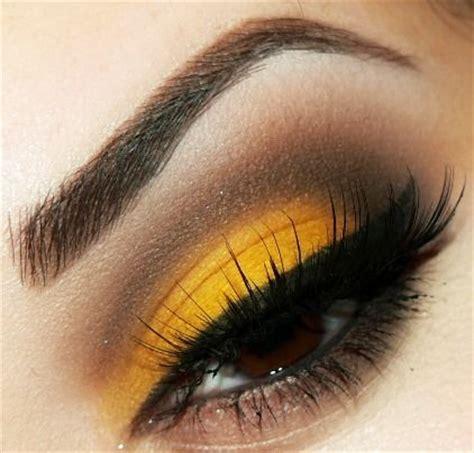 Valege Eye Shadow Brown Yellow yellow eye look gorgeous eye makeup looks smokey eye makeup yellow and