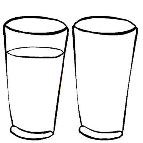 immagini bicchieri disegno di bicchieri da colorare per bambini
