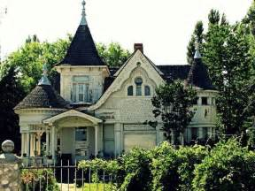 Victorian Gothic Homes Victorian Gothic Abandoned Home Victorian Homes Pinterest
