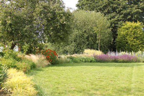 large rural garden accent garden designs