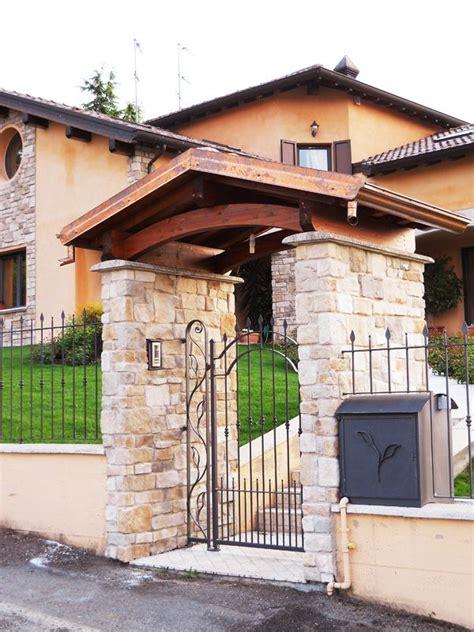 ingresso abitazione copertura per cancello ingresso abitazione casa