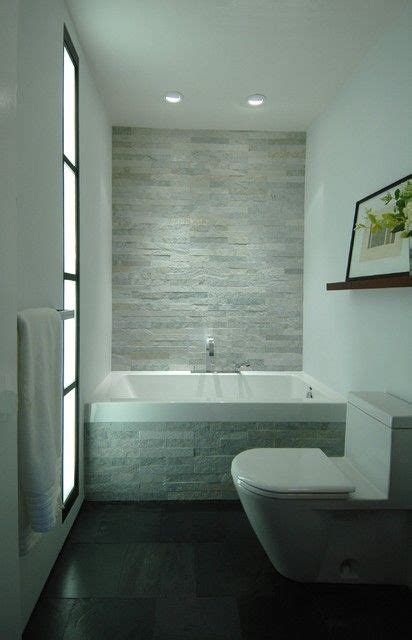 small grey bathroom ideas 25 best ideas about small bathrooms on pinterest