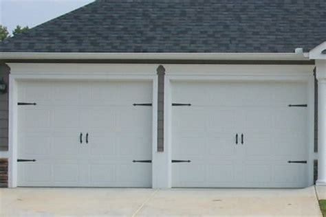 9x7 Garage Door by 9x7 182 Door No Windows Carriage Hardware Www Windsonglife Garage Doors