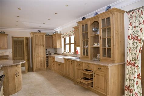 Oak Kitchen Units by Oak Kitchen Bristol S Kitchens