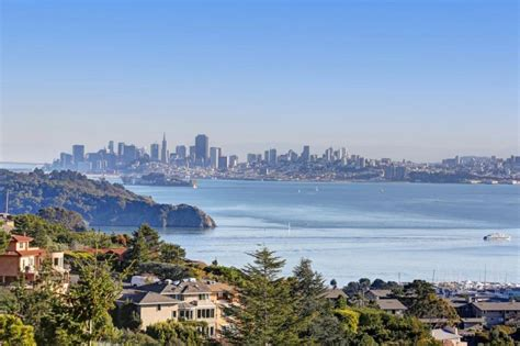 Spectacular Views of San Fran from Tiburon   HomeDSGN