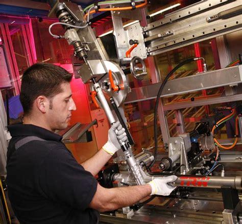 Bewerbung Bmw Adrebe Aktive Passive Sicherheit Trw Minimiert Verletzungsrisiko F 252 R Fu 223 G 228 Nger Elektronik Automotive