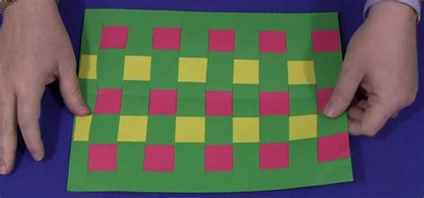 Paper With Children - how to do construction paper weaving with your 171