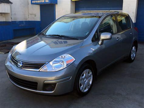 used nissan versa used 2012 nissan versa hatchback 5 490 00