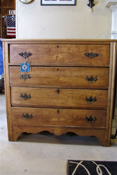 Small Pine Dressers For Sale by 1000 Ideas About Dressers For Sale On Dining