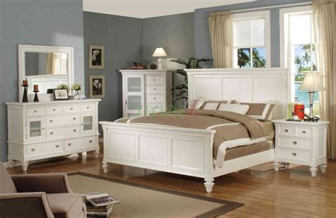 White And Wood Bedroom Furniture by Bedroom Furniture White Wood Raya Furniture