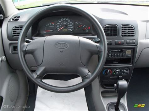 how things work cars 2003 kia rio instrument cluster service manual remove the dash in a 2002 kia rio remove the dash in a 2002 kia rio how to