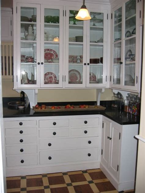 1900 Kitchen Cabinets Early 1900s Kitchens Early 1900 S Kitchen Kitchen Designs Decorating Ideas Hgtv Rate
