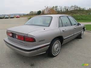 Buick Lesabre 1995 Chagne Beige Metallic 1995 Buick Lesabre Custom