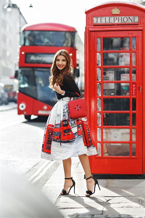 London Fashion Week FW16 17 Day 1 ? Larisa Costea